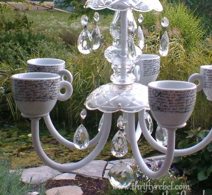 I'm in love with this project!  The script on the cups is perfection ♥ Old Chandelier Makeover into Garden Candelier