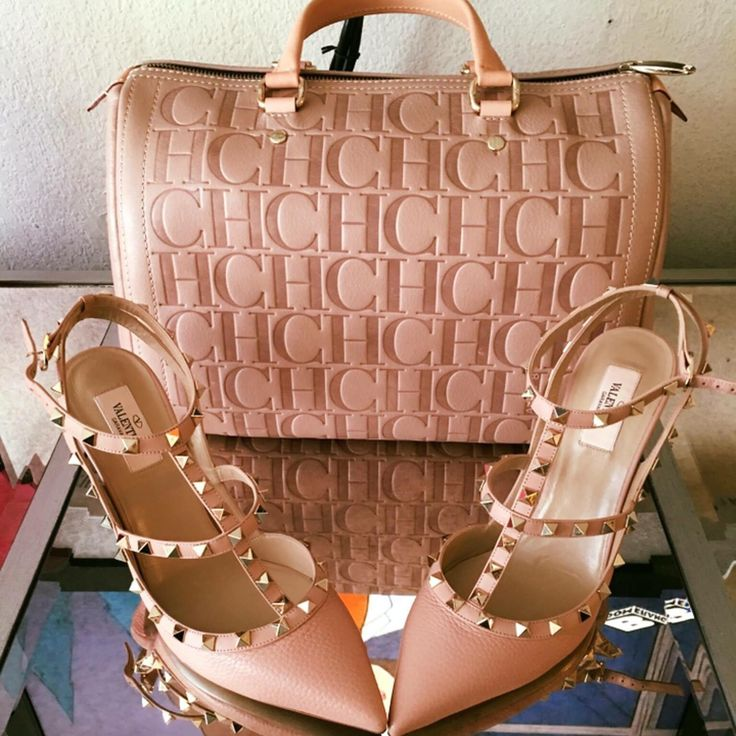 Valentino Shoes Nude, handbag Carolina Herrera Andy Nude Ligth Pink, Bolsa y Zapatos Nude