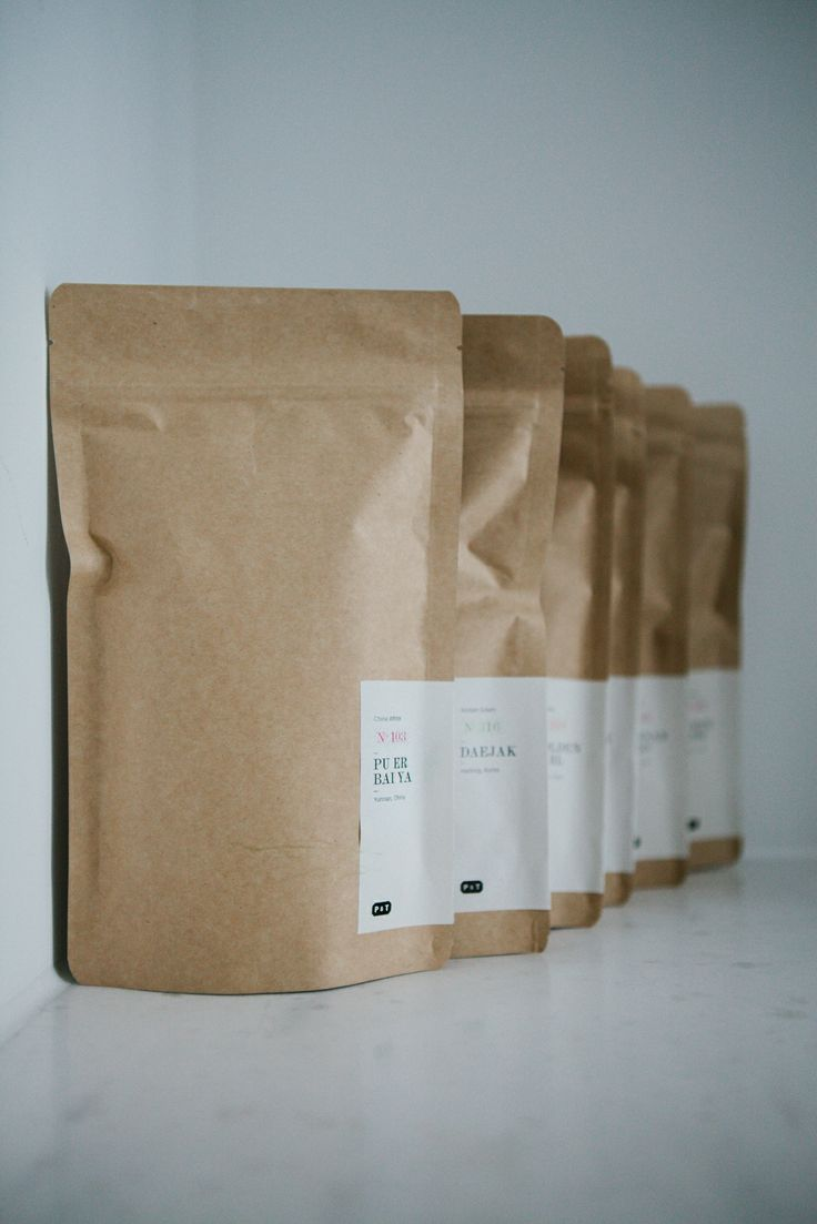A fine and rare tea selections of Paper&Tea in Berlin at the FvF Apartment.