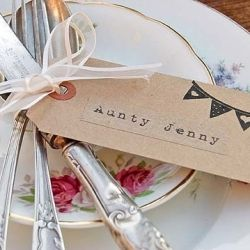 Beautiful bunting inspiration - everything from stationery to cakes!