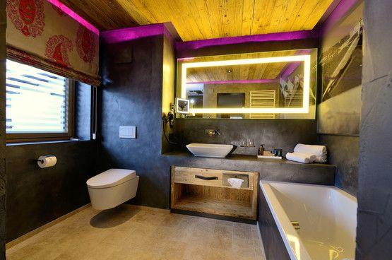 EVA Paradise Hotel - Saalbach - Spiegel beleuchtet, RGB Hinterleuchtung