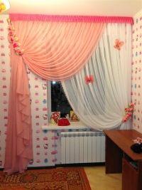 <p>20. красивые о недорогие занавески на окне в детской комнате</p><br />Цена: 1600 грн