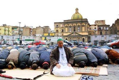 """OPEN BRIEF. """"Moslims zijn ook zelf schuldig aan negatieve be... - Het Belang van Limburg Mobile"""