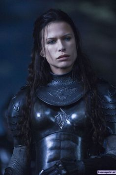 Rhona Mitra es Sonja - Underworld: Rise of the Lycans