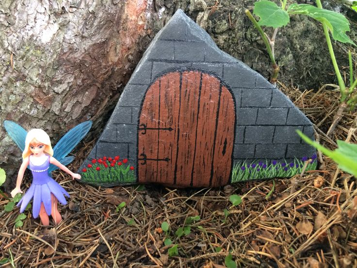 1704 best rocks images on pinterest painted rocks rock for Painted fairy doors