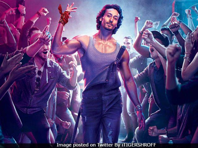Munna Michael 2nd Day Collection, Box Office Collection On 1st Saturday 22nd July 2017, Munna Michael Show Timing, Munna Michael 22nd July Earning