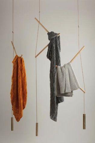 Cachemirifique - Oyuna coat rack designed by Loris and Livia www.reverencieux.com/loris_livia_oyuna/