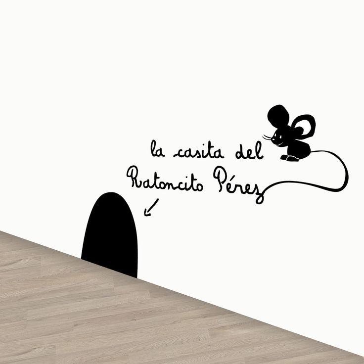 Vinilo infantil El Ratoncito Pérez. Divertido vinilo de pared removible que indica a los niños dónde está la casa del Ratoncito Pérez. DISFRÚTALO EN NUESTRA WEB: http://dolcevinilo.es/vinilo-ratoncito-perez