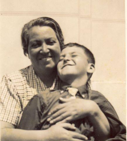 Grabiela Mistral. Nobel de Literatura 1945 Premio Nacional de Literatura de Chile 1951  Nombre completoLucila Godoy Alcayaga.