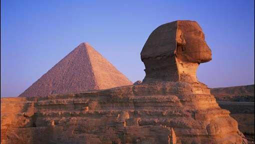 """Experts: """"Mogelijk nog twee geheime holtes in piramide van Cheops"""" - HLN.be"""