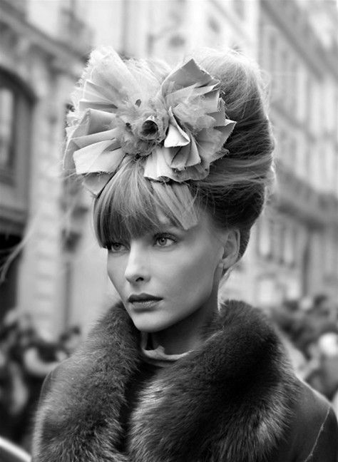 If It was not ridiculous To Wear This In Ocala.Victory Rolls, Fashion, Runway Hair, Wedding Ideas, Beautiful, Chanel Haute Couture, Hair Bows, Hair Accessories, Big Bows