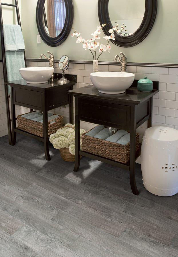 this bathroom features luxury vinyl plank flooring 100