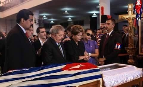 Lula e Dilma no velório de Fidel Castro, no mesmo dia da despedida do chapecoense - http://jornalprime.com/lula-e-dilma-no-velorio-de-fidel-castro/