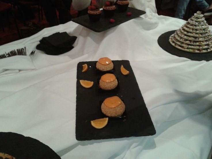 Έτοιμα, τραγανά σου, σαντιγύ με κάστανα, ζελέ από μανταρίνια Κορσικής Et voilà, Choux croustillants, chantilly aux marrons, gelée de mandarine Corse