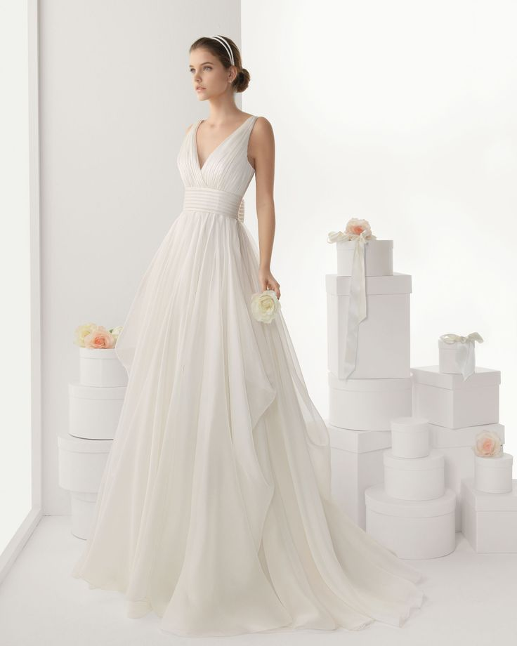 CANTABRIA - Silk organza dress with hemstitch detailing, in anatural colourT92 Helena tiara, two strips, in a natural colour