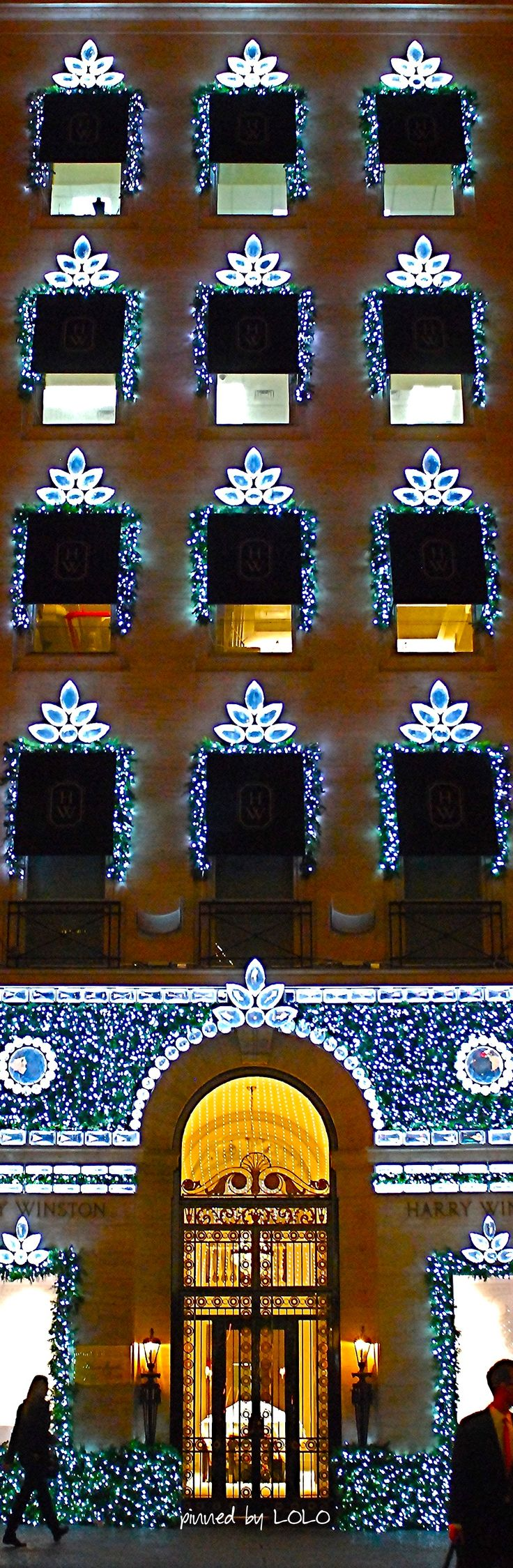 ~Harry Winston Bejeweled Christmas...NYC | The House of Beccaria#