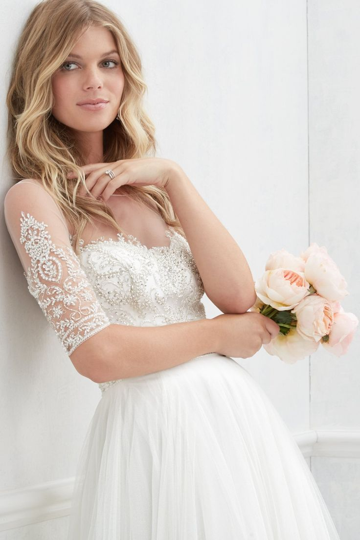 Nelly from Wtoo by Watters is available at Sincerely, The Bride Vancouver, WA Portland Metro #sincerelythebride #oregonbride #nwbride