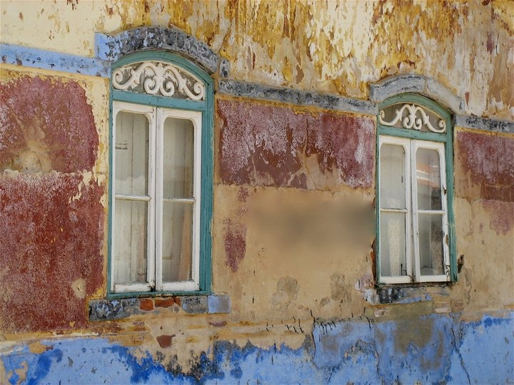 Old wall and windows,Castro Marim