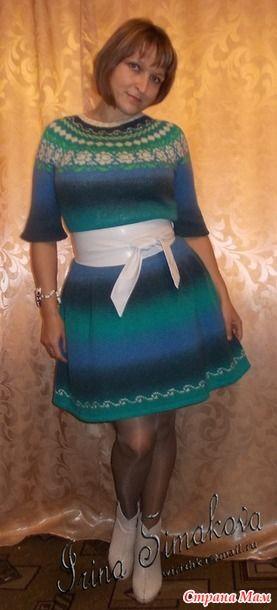 """Это платье вязала 2 года назад на осинке в теме """"Синие дали"""". Вот прям влюбилась в этот фасон с первого взгляда и начала вязать и не секундочки не пожалела!"""