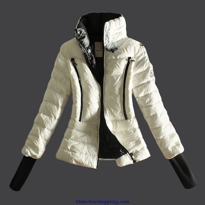 Moncler Chinos lila