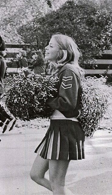 vintage everyday: Vintage Cheerleader Pictures from 1966-1967