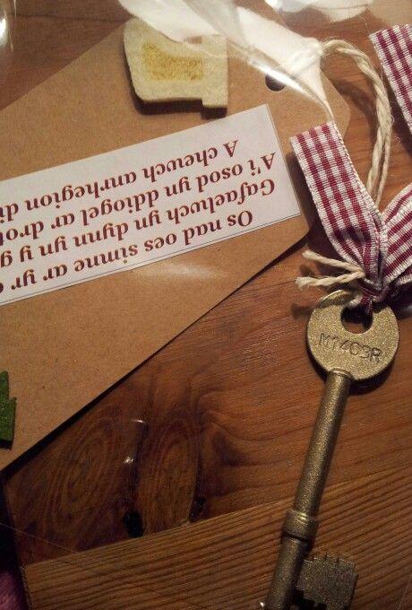 Keys   Christmas Crafts / PTA / Christmas Fair   Pinterest   Santa Key