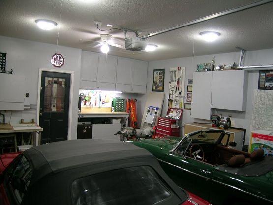 25+ Uniquely Awesome Garage Lighting Ideas to Inspire You & Best 25+ Garage lighting ideas on Pinterest | Garage light ... azcodes.com