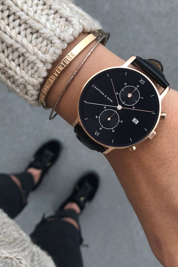 watch for her | christmas | gift idea | girlfriend | boyfriend | rosegold details | topdown | cozy knit | Chrono All Black Croco by Kapten & Son