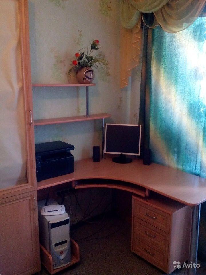 Продам Компьютерный стол и шкаф для школьников за 9500 руб. http://kovrov.city/wboard-view-6700.html  Продается компьютерный стол с книжным шкафом. В отличном состоянии.Размеры: Стол 120 х 130, h=75,Шкаф 2.20 х 40 Обращаться: ТатьянаРазумный торг уместен.