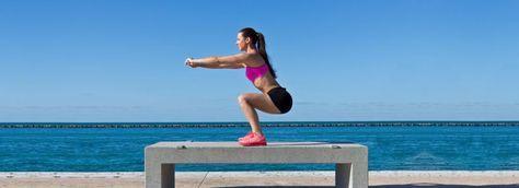 Kniebeugen richtig machen: die tiefe Kniebeuge, richtige Ausführung in drei Schritten lernen. Basis Anleitung fürs Squat Training.