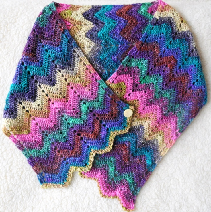 Knitted Scarf Pattern Books : 176 beste afbeeldingen over Knit and crochet noro op Pinterest - Tuinen, Rave...