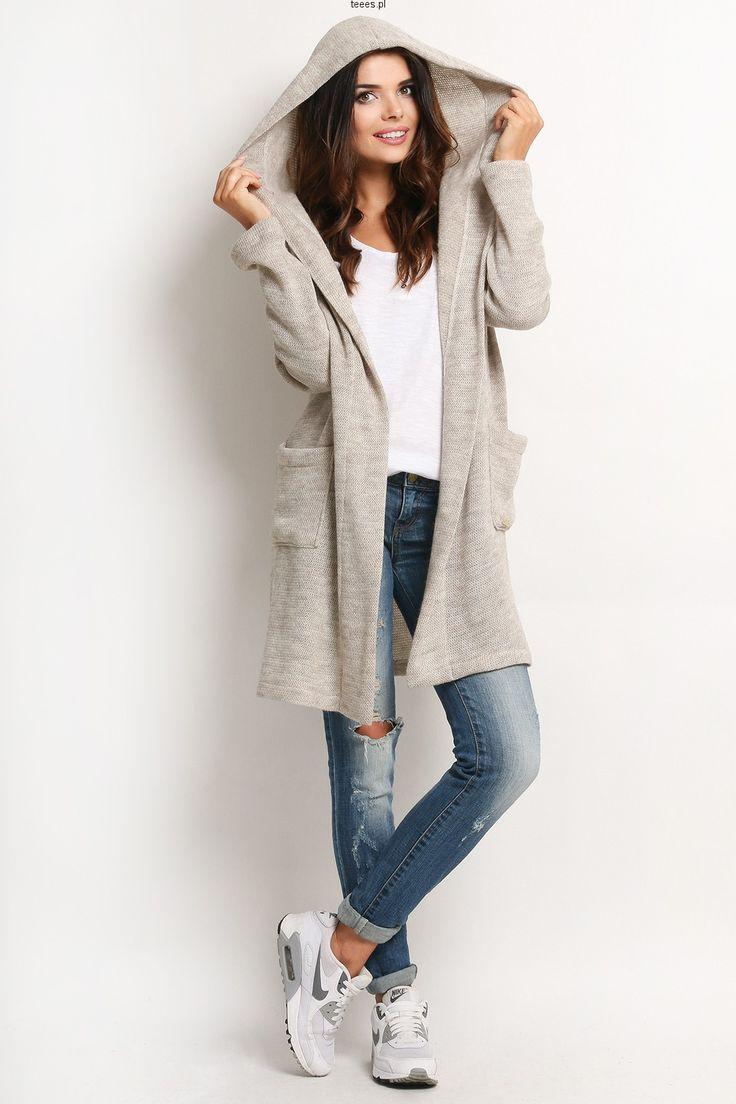 Modny i ciepły sweter/narzutka