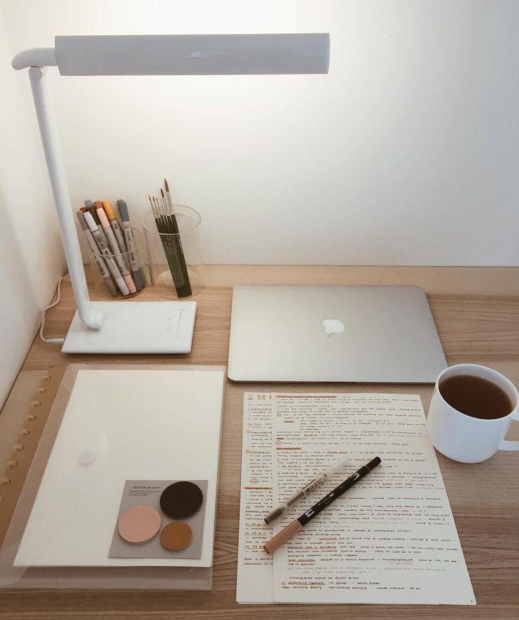 Inspiration zum Studium von: naomibaldacchino ? – #inspiration #macbook #naomibaldac