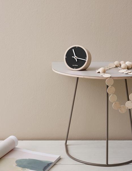 Aarikka Tovi table clock: Tovi table clock