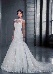 Wedding Dress Style 14624 by Love Bridal  http://bridalallure.co.za/wedding-dresses/love-bridal/st14624 tel.0215564880  Available in stock 1 dress left   Size: UK 14 / EU 44  Colour Ivory   Price: R 16 461  Hire Price R 8 802