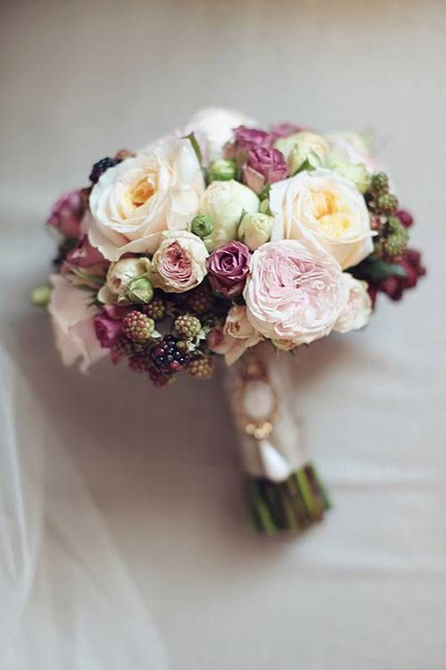bouquet with blackberries on the vine