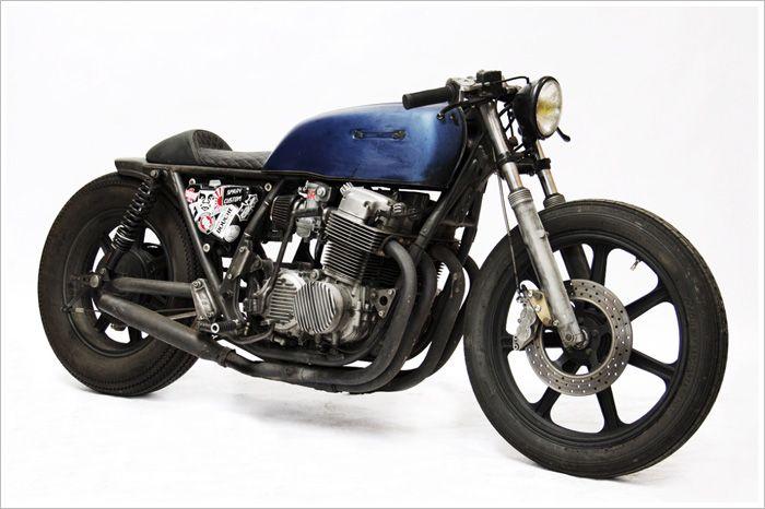 Honda CB750 K6.