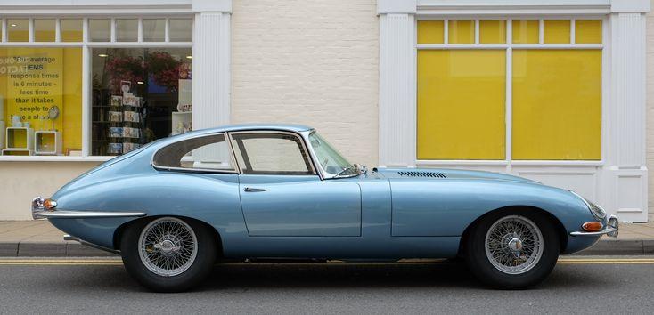 Jaguar_E-Type_series_1_coupé_1964.jpg (JPEG Image, 4489×2165 pixels) - Scaled (42%)