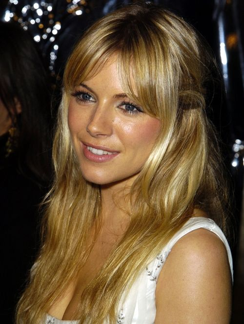 25 unique sienna miller bangs ideas on pinterest sienna miller sienna miller langer haar in 2003 elle pmusecretfo Image collections