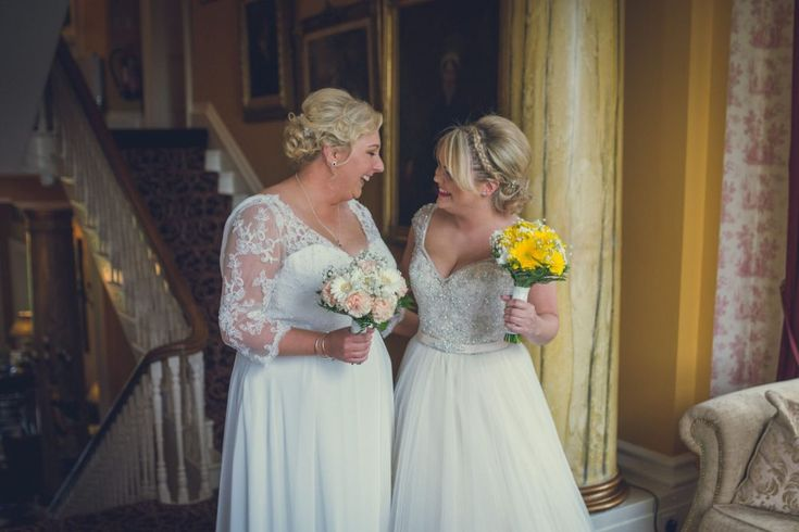 Michelle & Laura at Ballyseede Castle. Image by Paul Duane Photography