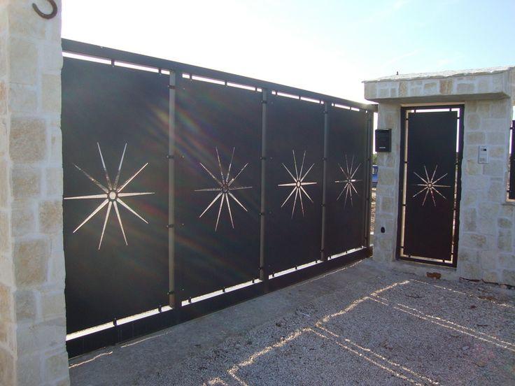 Cancello scorrevole in lamiera PAN.16 by New Laser