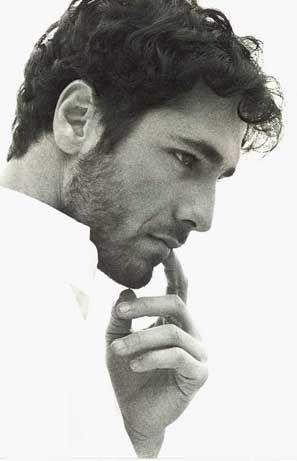 Hombres de perfil ... #man #white Raoul Bova