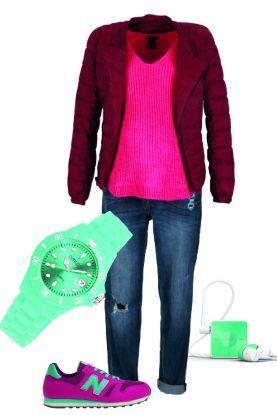 4 sposoby na różowy pulower – zestaw na spacer