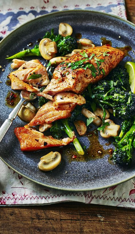 Healthy Sicilian-style salmon with mushrooms and broccoli - fast, fresh and all yours.