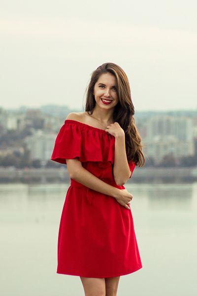Russian Brides Darya 25 years old Ukraine Dnepropetrovsk
