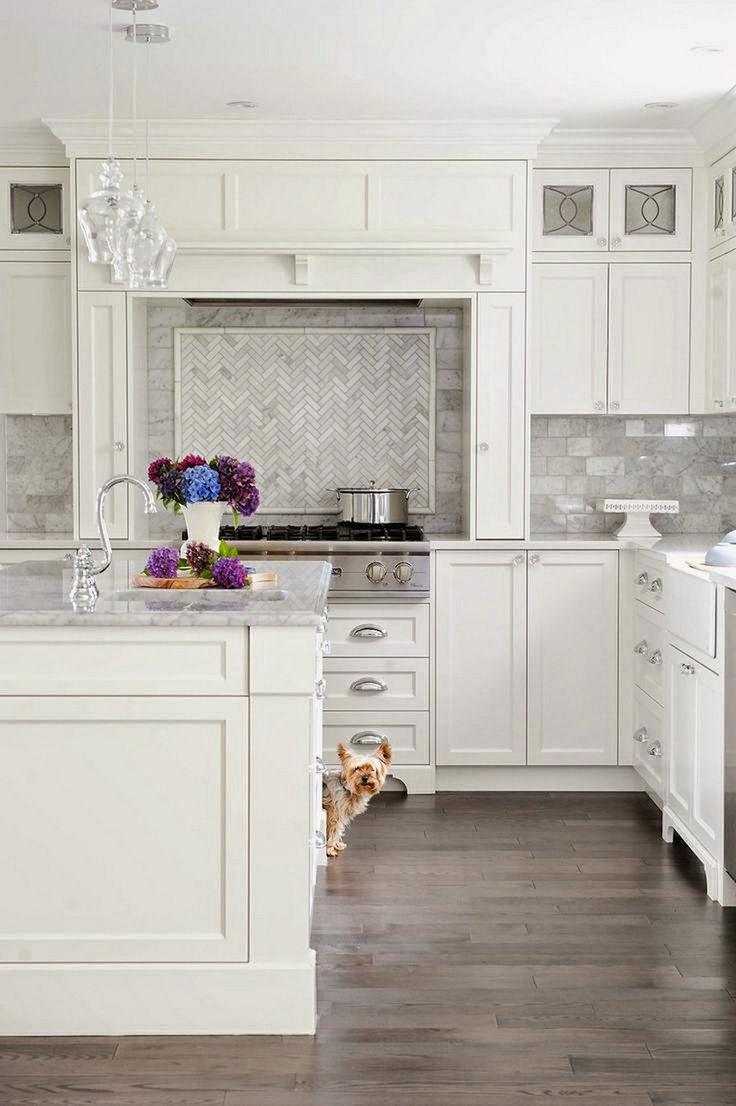 Pretty White Kitchen Design Idea 19