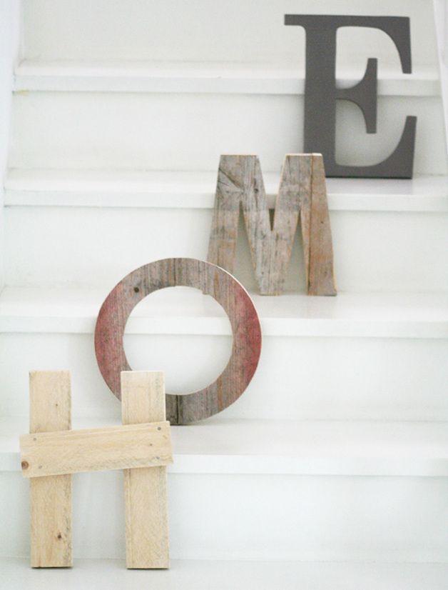 Oltre 25 fantastiche idee su progetti di legno di recupero for Scritta home in legno