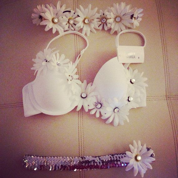Hey, I found this really awesome Etsy listing at http://www.etsy.com/listing/171690627/diamonds-and-daisies-rave-bra-set