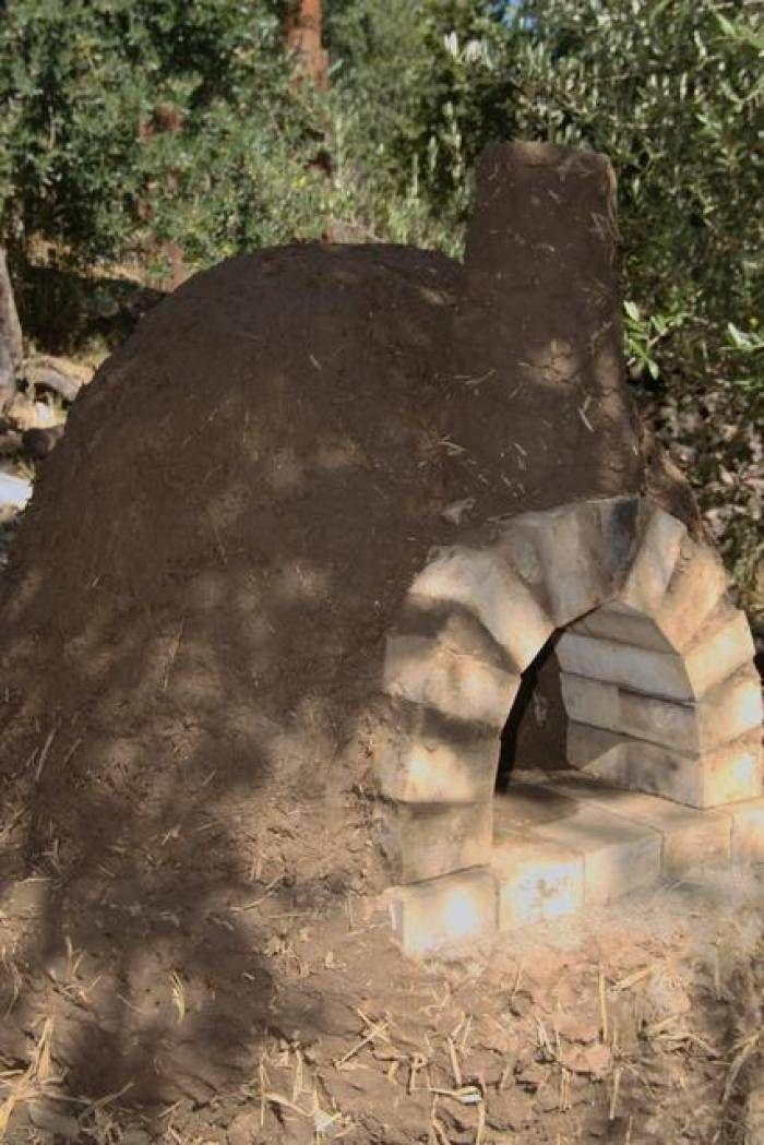 Kváskový Chléb : Stavba pece u Barta