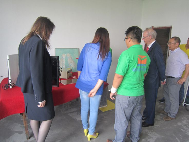 One of our customers come to visit the new second factory.